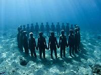 Завораживающие подводные скульптуры