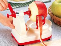 Очень удобная механическая очищалка для яблок